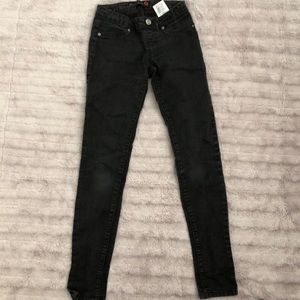 Guess super skinny black jeans